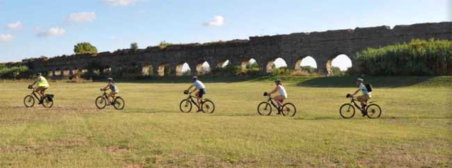 parco acquedotti bici